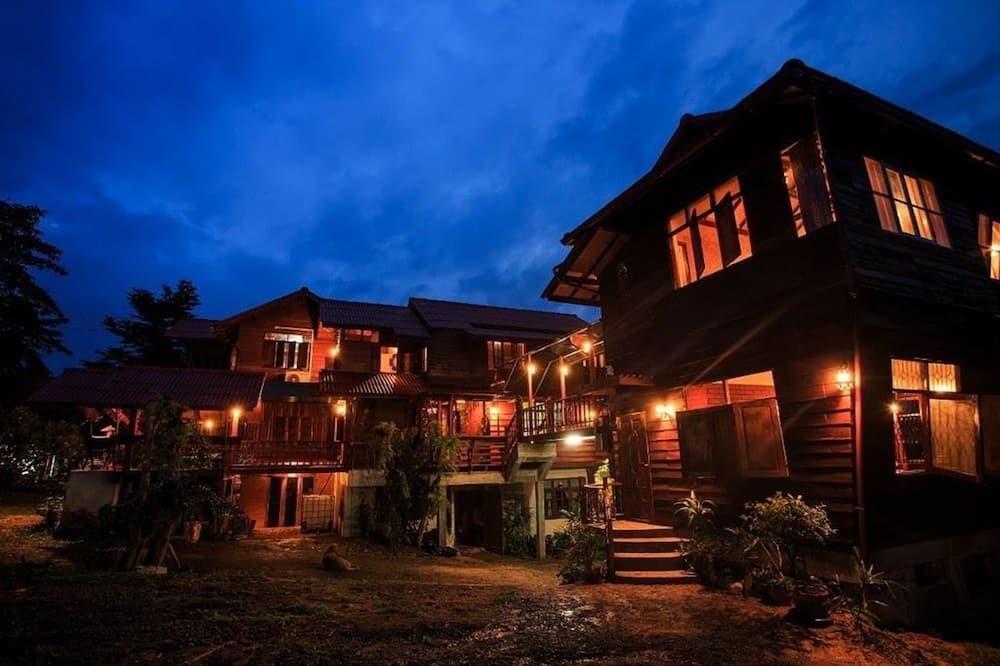 Thanyarath Resort