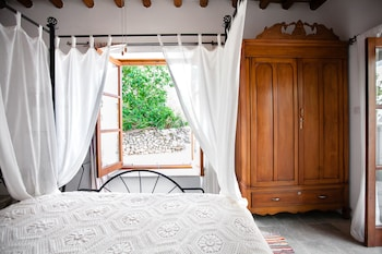 Φωτογραφία του House of Eleni, Κάθηκας