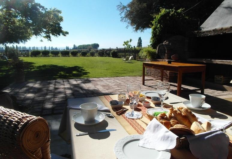 Posada Rural Finca Garciarena, Luján de Cuyo, Restaurante al aire libre