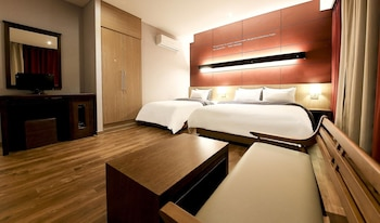Picture of Joy Hotel in Suwon