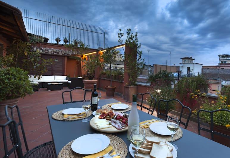 Habitat's Spanish Steps Apartments, Rome, Luxury Apartment, 4 Bedrooms, Terrace, City View, Terrace/Patio