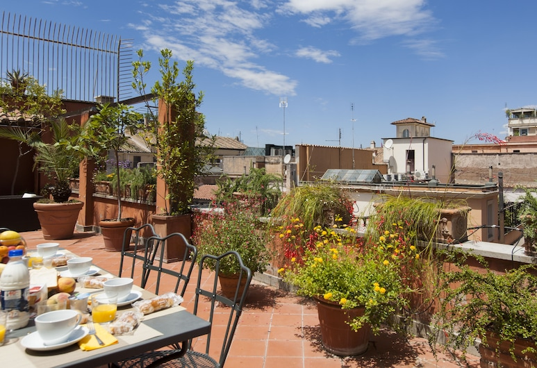 Habitat's Spanish Steps Apartments, Rome, Appartement Luxe, 4 chambres, terrasse, vue ville, Terrasse/Patio