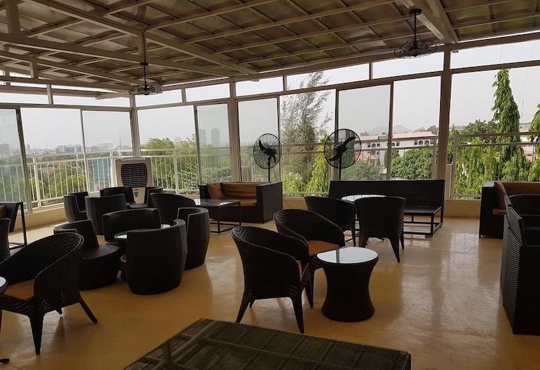 Check Inn Hotel Abuja, אבוג'ה, בר המלון