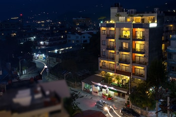 Picture of Hotel Queens Park in Pokhara