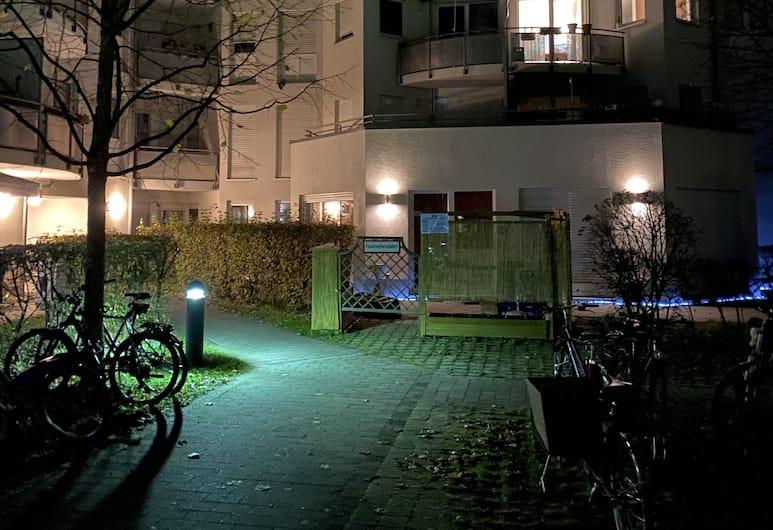 KN KAHTAN BOARDING HOUSE, München, Laste mänguala hotellis