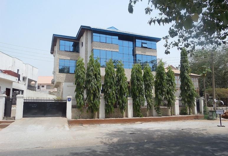 Vine Apartments & Resort, Abuja, חזית המלון