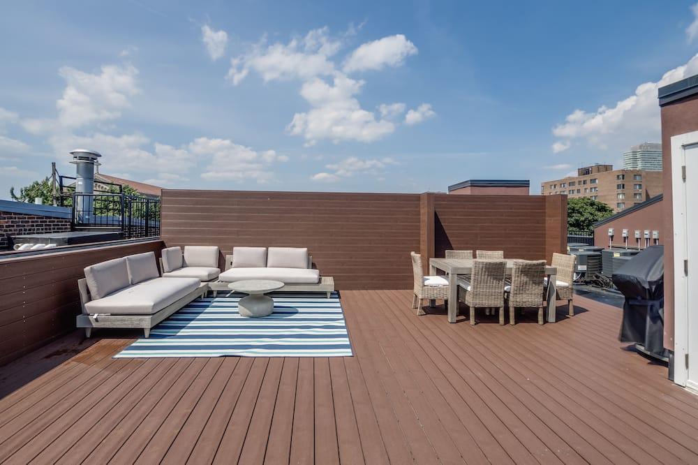 Superior Penthouse, 2 Bedrooms, City View - Terrace/Patio