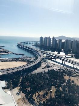 Picture of Centum View Raum Studio Apartment in Busan