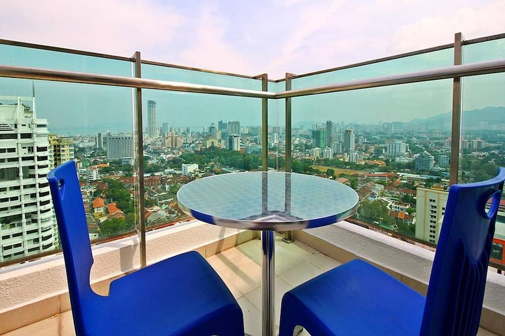 Mansion One Serviced Apartment City View Type D - Balcony