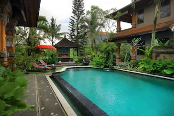 Picture of Uma Sari Cottage in Ubud