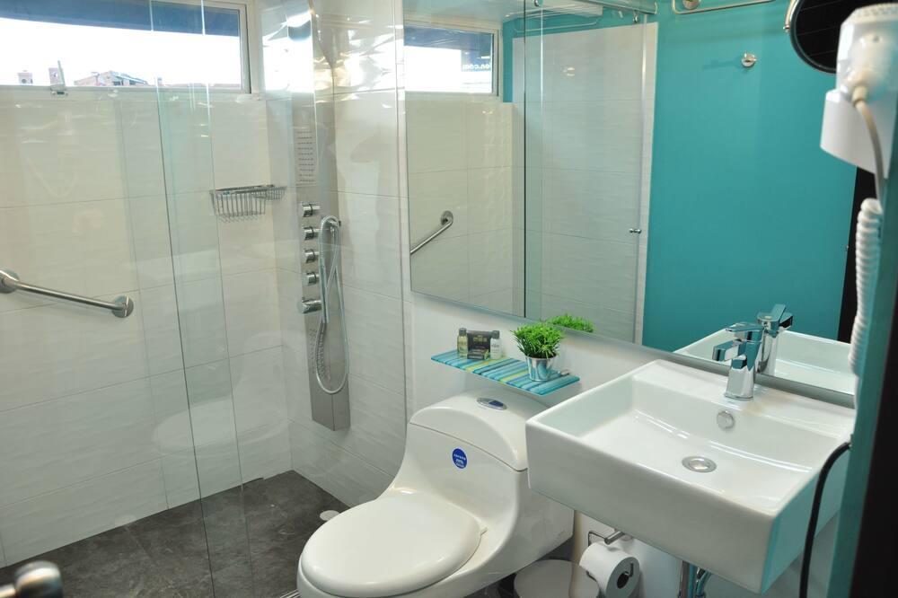 Habitación Doble con Balcón - Bathroom