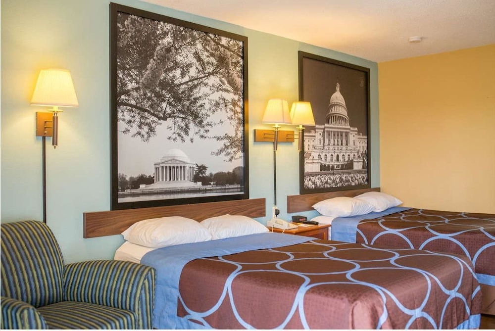 Book Super 48 By Wyndham AlexandriaWashington DC Area In Fascinating 2 Bedroom Hotel Suites In Washington Dc Interior