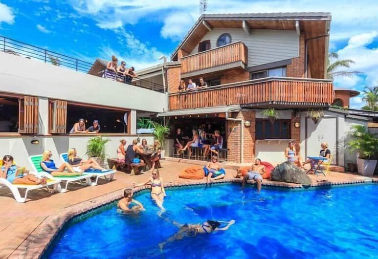 Aquarius Backpacker Resort, Byron Bay, Outdoor Pool