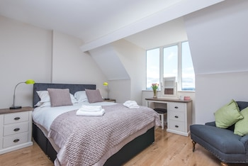 Picture of Giant Serviced Apartments The Old Bank in Belfast