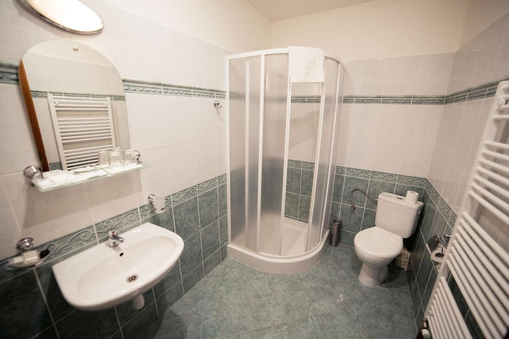 Comfort Double or Twin Room - Bathroom