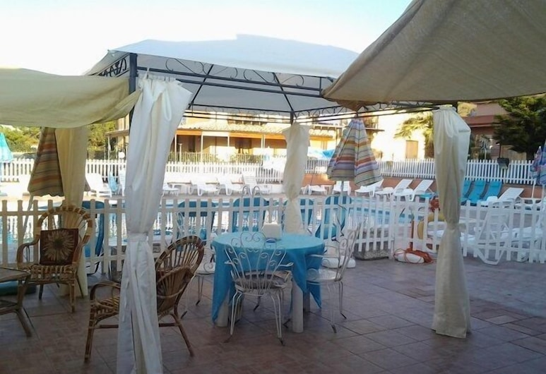 Residence Panarea, Cefalù, Poolside Bar