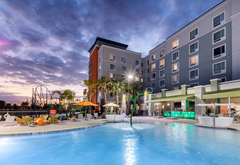 TownePlace Suites by Marriott Orlando at SeaWorld, Orlando, Bazen