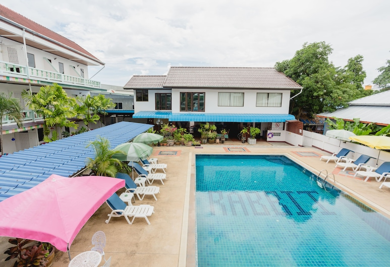 Rabbit Mansion, Patong, Basen odkryty