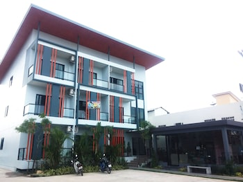 Picture of S2 Airport Residence in Sa Khu