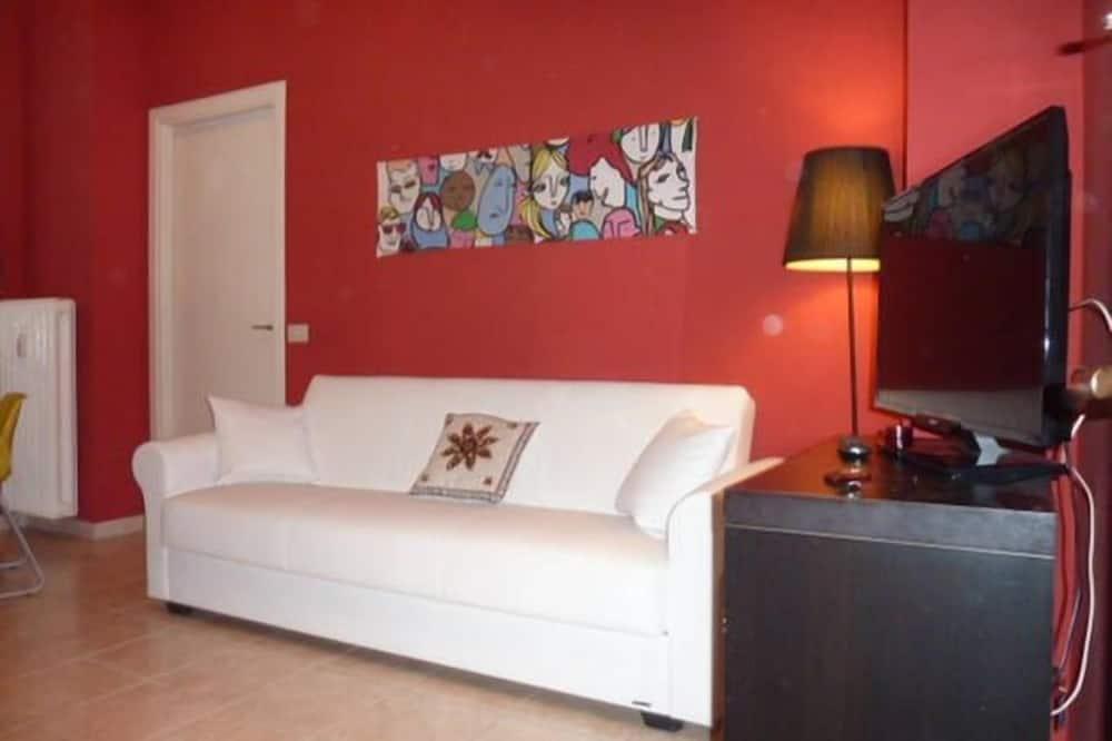 Apartment (Flat in Milan Navigli) - Living Room