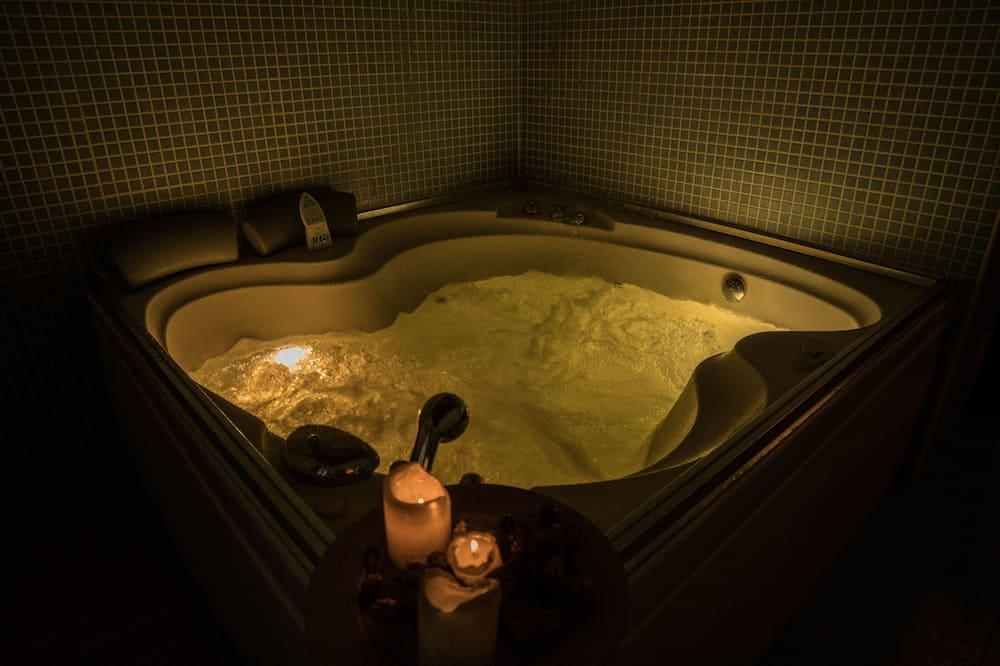 Superior Δίκλινο Δωμάτιο (Double) - Ιδιωτική μπανιέρα υδρομασάζ