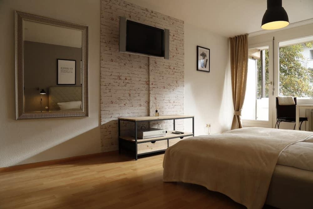 Deluxe Studio Suite, 1 Bedroom, Courtyard View - Room