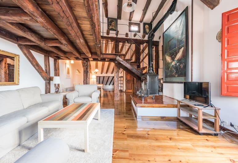 Apartamentos Madrid Centro W , Madrid, Wohnzimmer