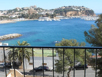 Picture of Apartamentos Mercedes in Sant Feliu de Guixols
