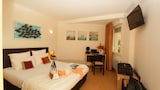 Reserve this hotel in Ychoux, France