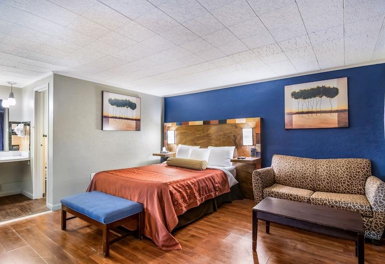 Highland Inn New Cumberland, New Cumberland, Comfort Room, 1 Queen Bed, Guest Room