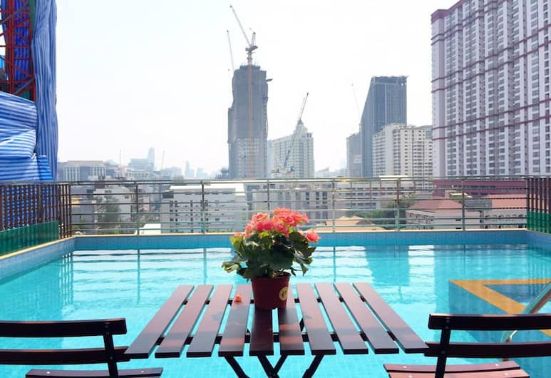 Top High Airport Link Hotel, Bangkok, Buitenzwembad