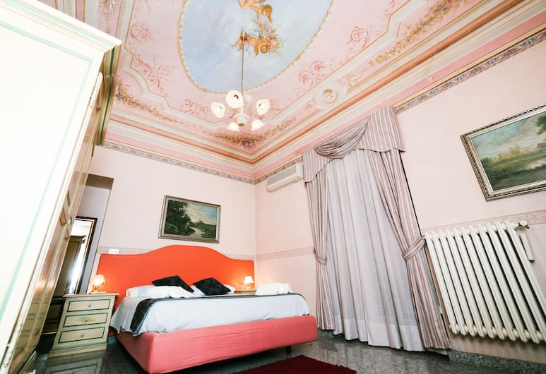 Rafael Guest House, Ragusa, Classic Double Room, Courtyard View, Guest Room