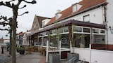 Reserve this hotel in Aardenburg, Netherlands