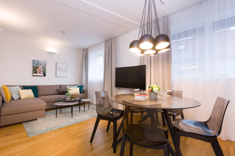 Executive-Apartment, 2Schlafzimmer, Executive-Etage (with Suite, incl. 39€ cleaning fee) - Essbereich im Zimmer