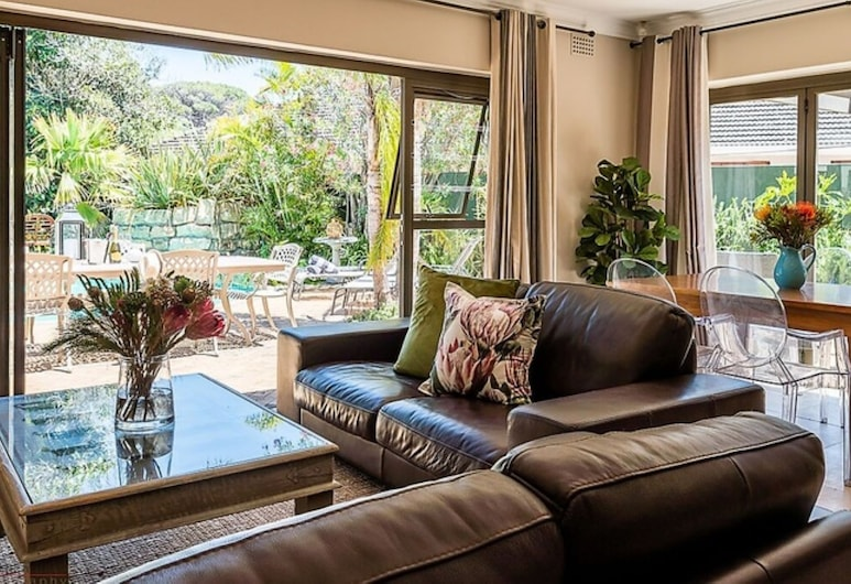 2 On Lismore, Cape Town, Gardenia Cottage, Living Area