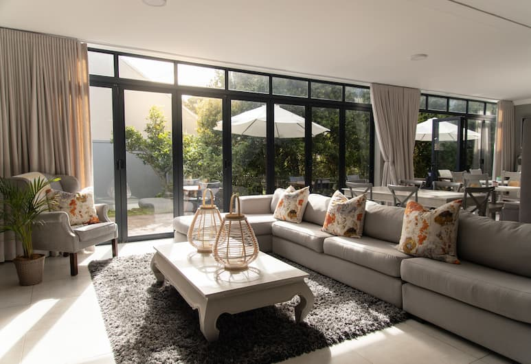 2 On Lismore, Cape Town, Lobby Sitting Area