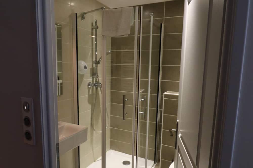 Dvojlôžková izba - Sprcha v kúpeľni