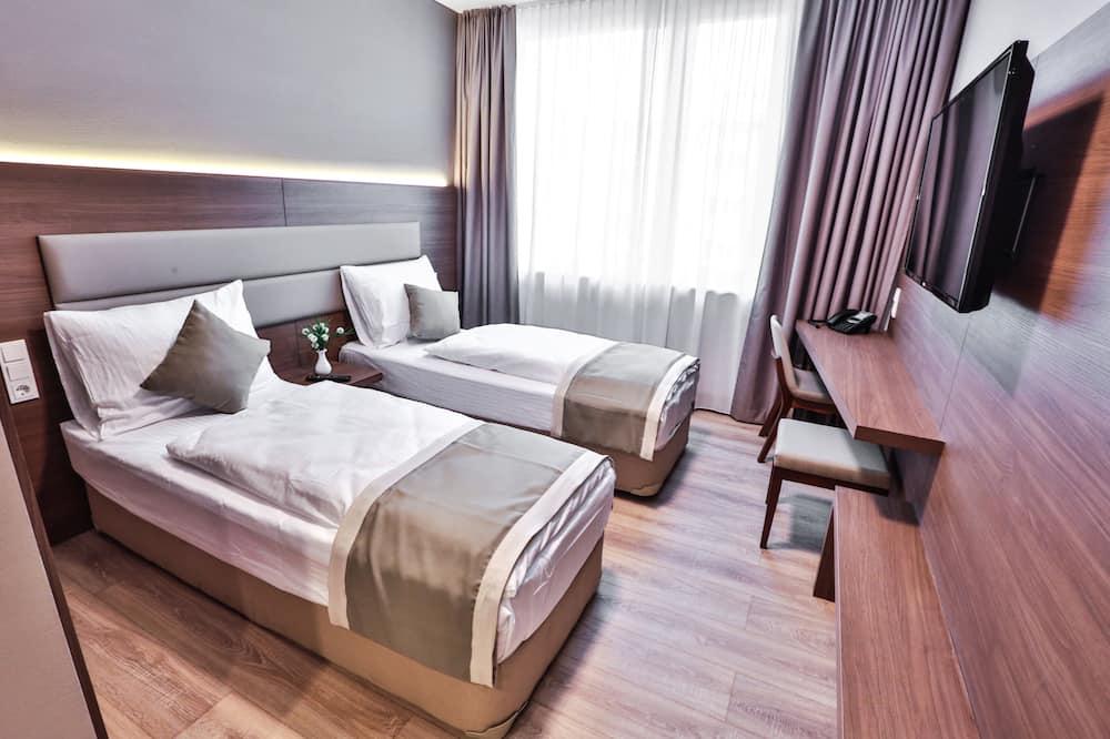Premier Studio, 1 Bedroom, Non Smoking, Kitchenette - Room