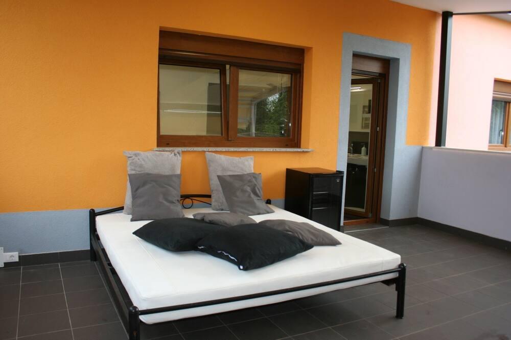 Comfort Double Room, Terrace, Jacuzzi, Garden view - Балкон