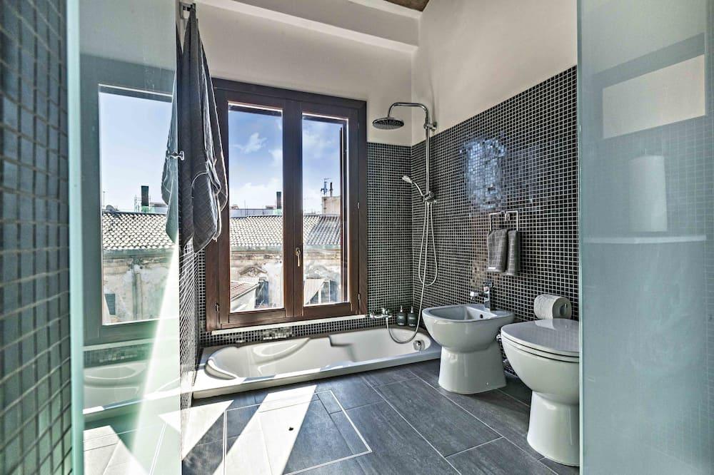 Deluxe-Doppelzimmer (Capo) - Badezimmer