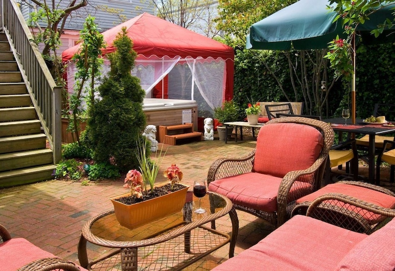 Queen Vic Guest House Provincetown Adults Only, Provincetown, Overnatningsstedets område