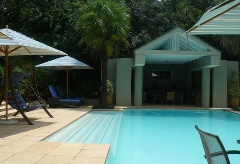 Blu Swan Guest House, Sandton, Pool