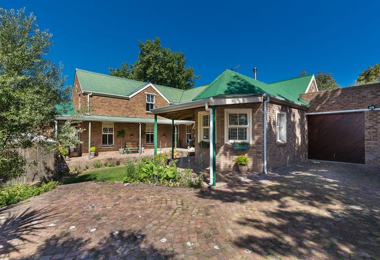 Rustic Manor Bed And Breakfast, Cape Town