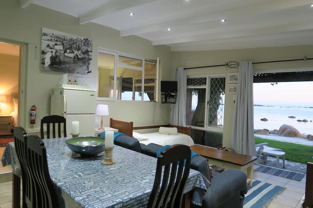 Casa de campo de lujo, 1 habitación, vista al mar, frente al mar - Servicio de comidas en la habitación