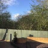 Jednolôžková izba - Výhľad na záhradu