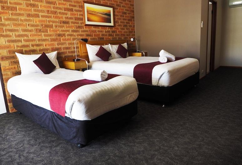 Kerang Motel, Kerang, Habitación triple Confort, baño privado, Habitación