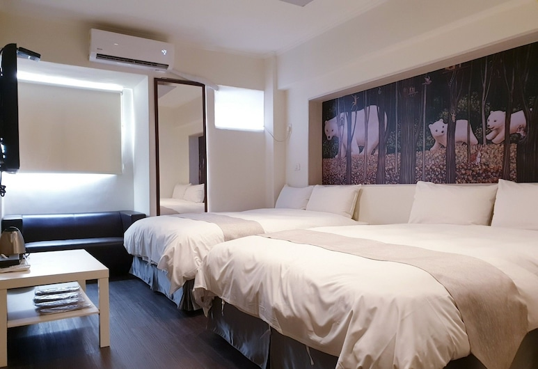 Dazz Inn, Taichung, Economy Quadruple Room, 2 Double Beds, Guest Room