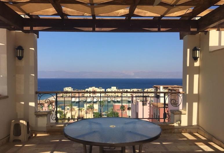 Tala Bay Apartment Rentals, Aqaba, Terrasse/Patio