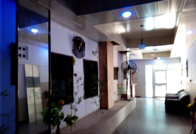 Hotel De Zews, Accra, Reception