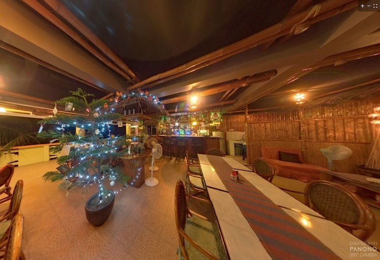 P&M Final Option Beach Resort, San Juan, Hotellin baari